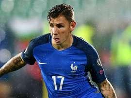 O lateral francês acredita que os 'Bleu' podem levantar a Taça na Rússia. Goal