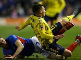 Arsenal midfielder Torreira suffers fractured ankle. GOAL