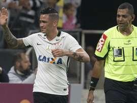 Luciano Corinthians Santa Cruz Brasileirão 25062016
