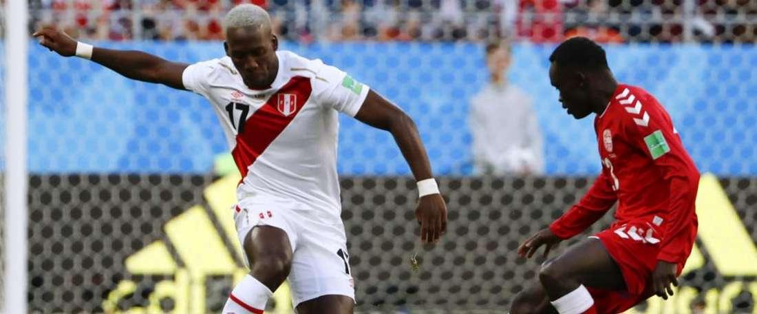 Advincula disse não temer a equipe francesa. Goal
