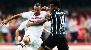Luís Fabiano contra o Corinthians