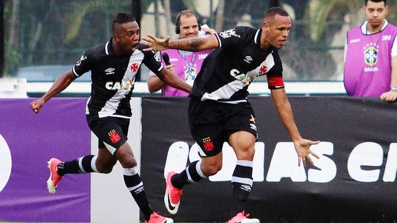 Luis Fabiano Kelvin Vasco Fluminense Brasileirao Serie A 27052017