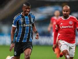 Grêmio e Inter avançam com sabor amargo e desfalques certos para oitavas da Libertadores