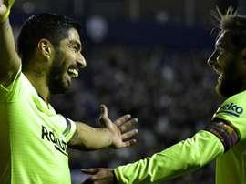 Messi porta il pallone a casa. Goal