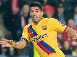Até Piqué fez mais gols que o atacante. Goal