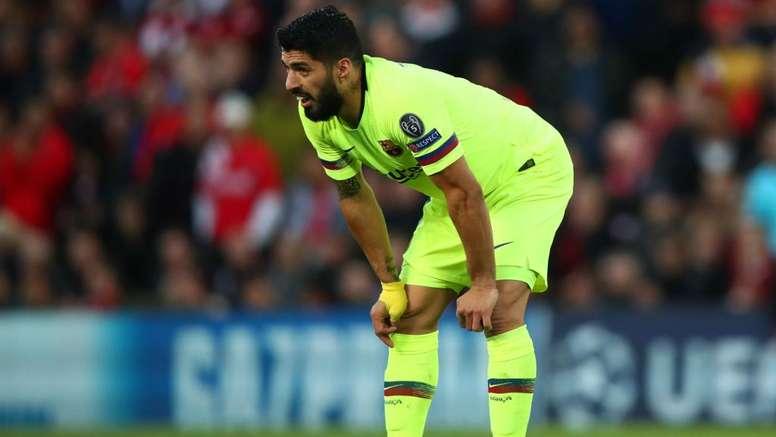 Leboeuf attacca Suarez. Goal