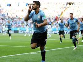 Luis Suarez délivre l'Uruguay. Goal