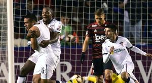 Flamengo perde e se complica na Libertadores; Inter vence no Peru