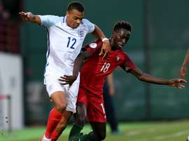 Les jeunes Anglais marquent l'histoire du football de leur pays. Goal