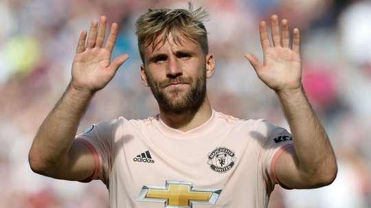 Shaw prolonge à United. Goal