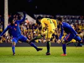 Van Marwijk salutes Luongo display. Goal