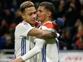Lyon en 3-5-2 pour affronter le PSG. AFP