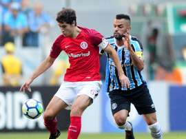 Jogadores do Inter satisfeitos com o empate frente ao Grêmio. Goal