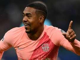 Malcom vibra com primeiro gol pelo Barcelona e é elogiado por Busquets
