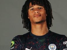 Manchester City lance un maillot special e-sport.goal