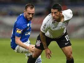Ralf cobra melhora rápida do Corinthians e lamenta expulsão de Douglas