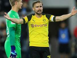 Schmelzer is giving up the captaincy. GOAL