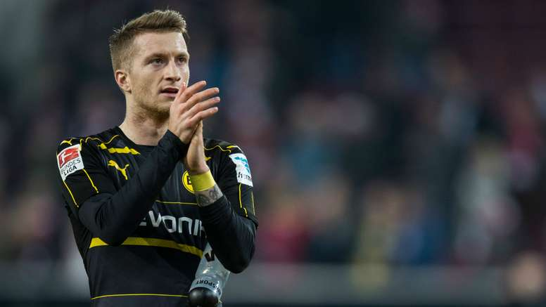 Marco Reus has returned to the pitch. Goal