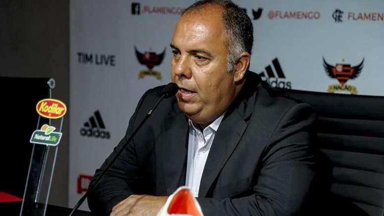 Em meio a pressão, Flamengo trabalha por pelo menos quatro reforços