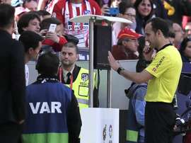 VAR denied Real Valladolid a penalty at the Wanda Metropolitano. GOAL