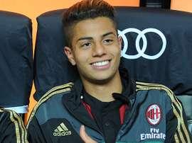 Hachim Mastour est encore à l'AC Milan. GOAL