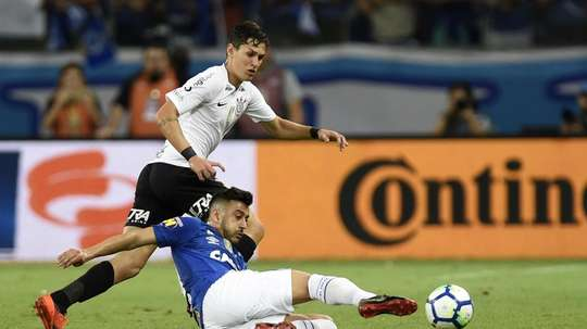 Mateus Vital Robinho Cruzeiro Corinthians Copa do Brasil final. Goal
