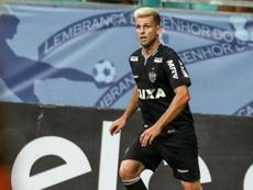 Inter anuncia contratação de Matheus Galdezani