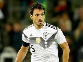 Hummels torce por Neuer e Boateng se recuperarem, mas confia no elenco da Alemanha.