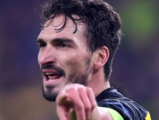 Hummels denies he has fallen out with Favre after comments on defensive system. GOAL