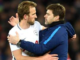 Pochettino backs 'natural leader' Kane to step up at Spurs.