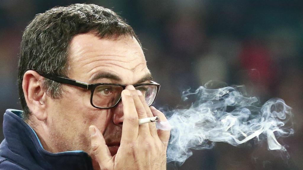Leipzig aménage ses vestiaires pour que Sarri puisse fumer — Ligue Europa