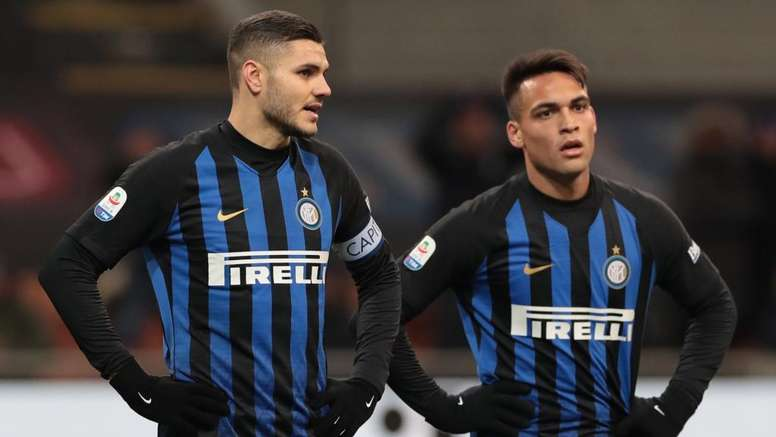 Inter, Wanda e Icardi al compleanno di Lautaro: Mauro in armonia col gruppo.