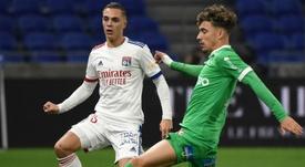 Puel demande le report du derby entre Saint-Etienne et Lyon. goal