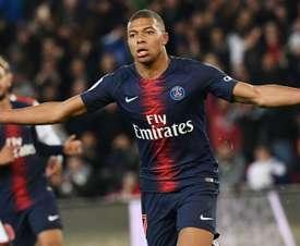 'Phenomenon' Mbappe deserves Ballon d'Or, says Buffon