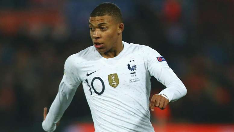 Mbappe not solely blame for Turkey defeat, insists Deschamps