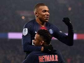 Neymar está na sombra de Mbappé no PSG. Goal