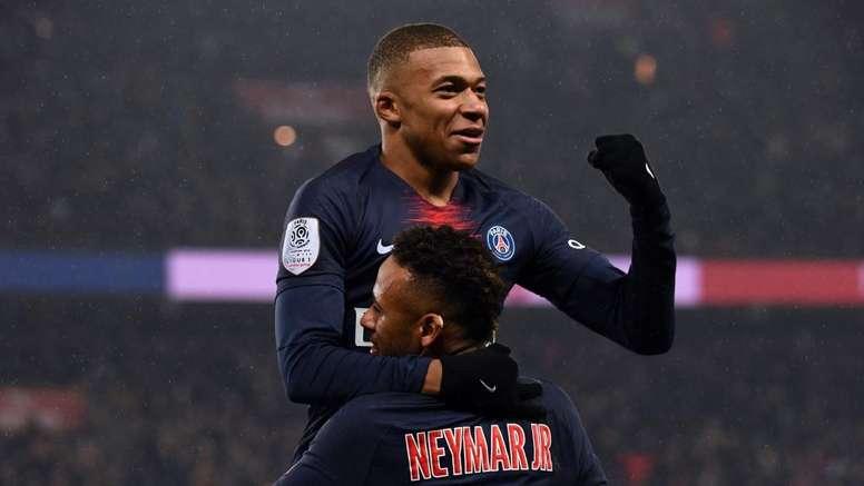 Sem Neymar, Mbappé não vai carregar apenas o PSG nas costas