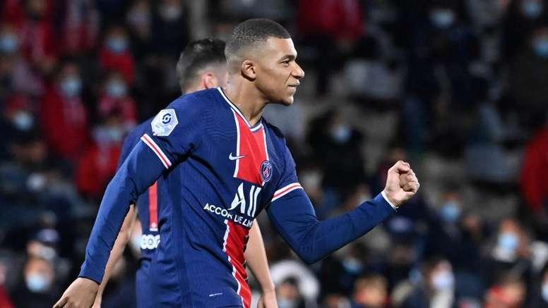Nîmes-PSG (0-4) : Kylian Mbappé, l'infatigable. afp
