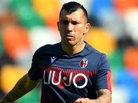 Il centrocampista cileno del Bologna Medel, ex Inter. Goal