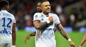 Lione, paura a Marsiglia: pullman preso d'assalto dai tifosi rivali