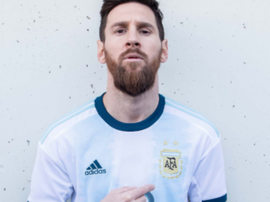 Messi volta a vestir a camisa da Argentina. Goal