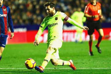 Lionel Messi is the best, says Amor.