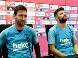 Piqué escolhe o melhor entre Messi e Maradona. GOAL