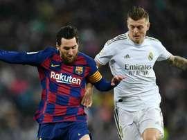 Messi flops as Kroos steers Madrid