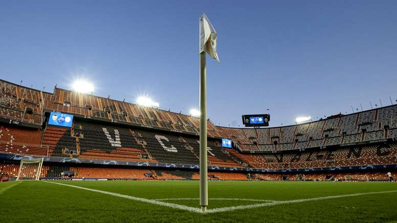 Valencia inform police after death threats allegedly sent to president Anil Murthy. GOAL