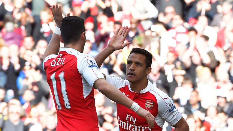 Mesut Ozil and Alexis Sanchez are yet to sign new contracts with Arsenal. Goal