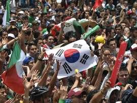 La Corée du Sud portée en triomphe par les Mexicains. Goal