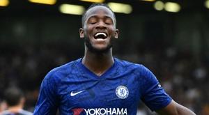 Liverpool et Chelsea sans souci, United souffre mais passe. Goal