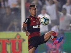 Trauco pode trocar o Flamengo pelo Sevilla, informa jornal