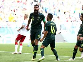 Os australianos precisam vencer e torcer para a França, assim avançam na competição. Goal